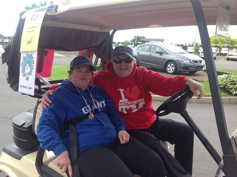 2014-aim-golf-tournament-01