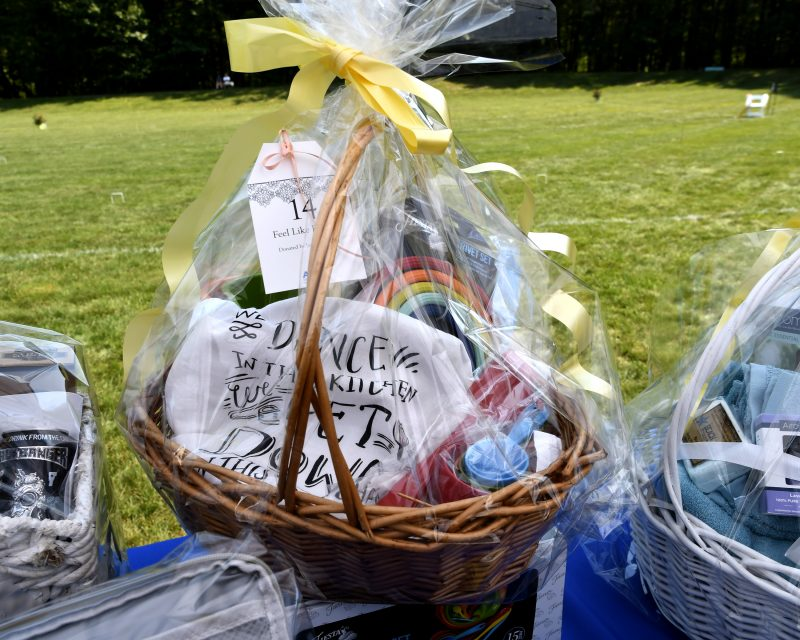 Basket raffle at Croquet on the Green