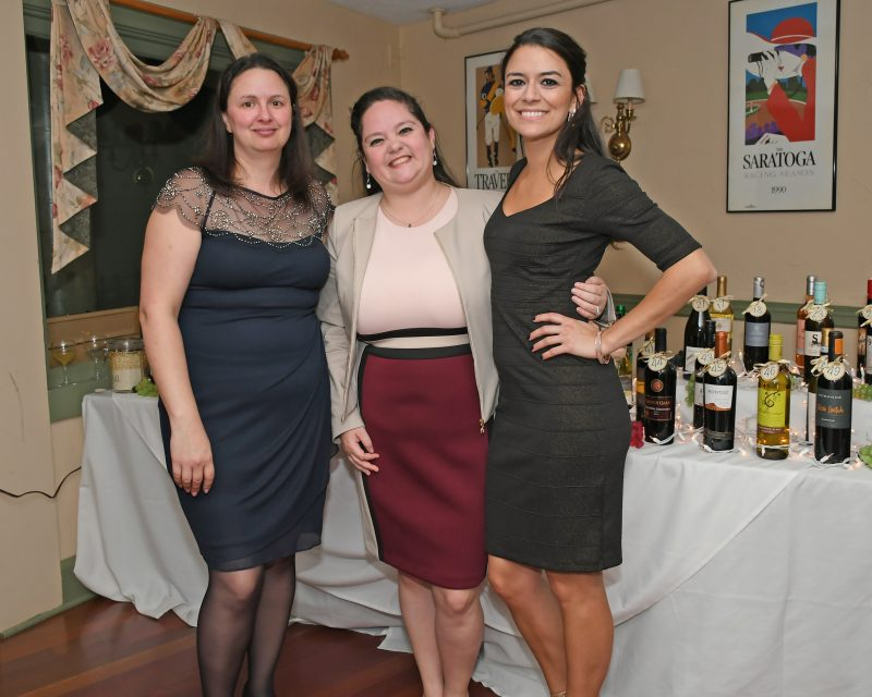 Carrie Locke, Heather Miller, Stephanie Dolly at the Vin Le Soir event