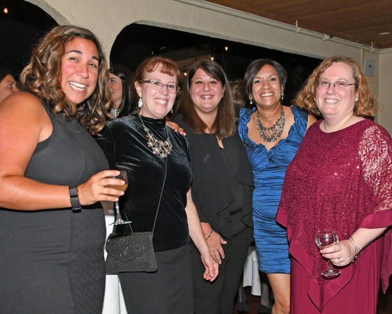 Danielle Wiltsie, Jean Pokrzywka, Renee Hebert, Frances Ghaly, Dawn Livote enjoying the Vin Le Soir event