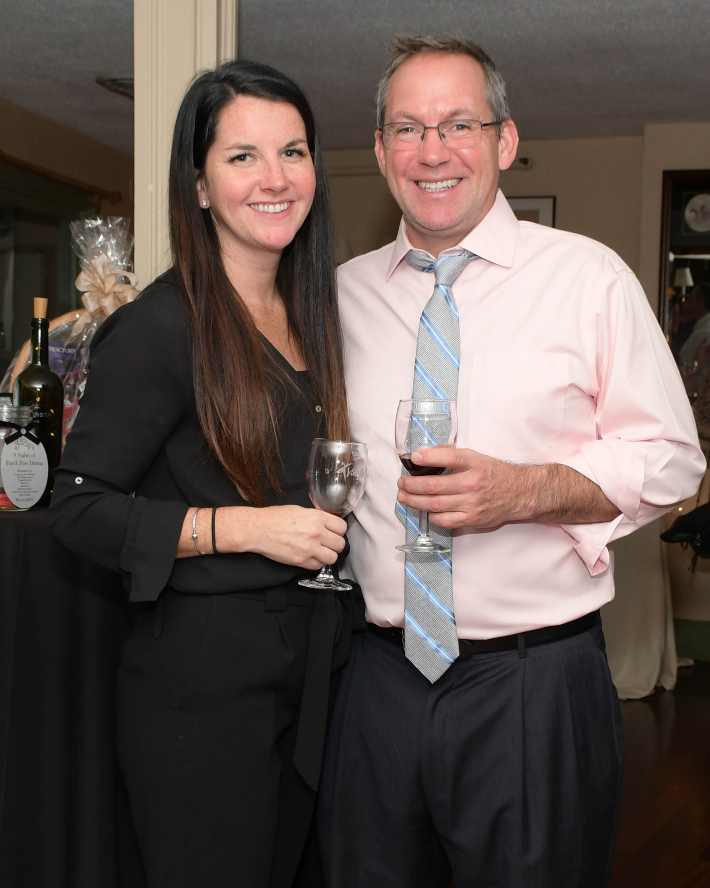 Vin Le Soir to benefit AIM Services, Inc.