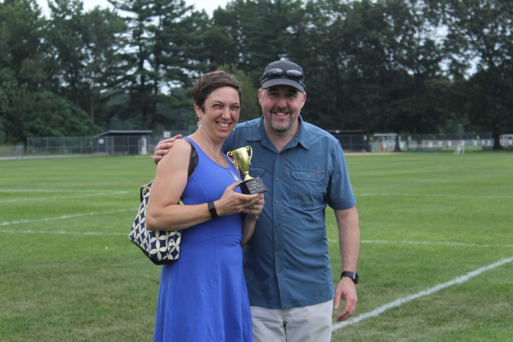 Larry and wife Beth Novik holding third place trophy at Croquet on the Green 2019